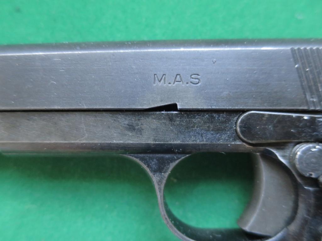"""Pistolet réglementaire MAS Modèle 1935 """"S"""" - Page 2 Img_2421"""