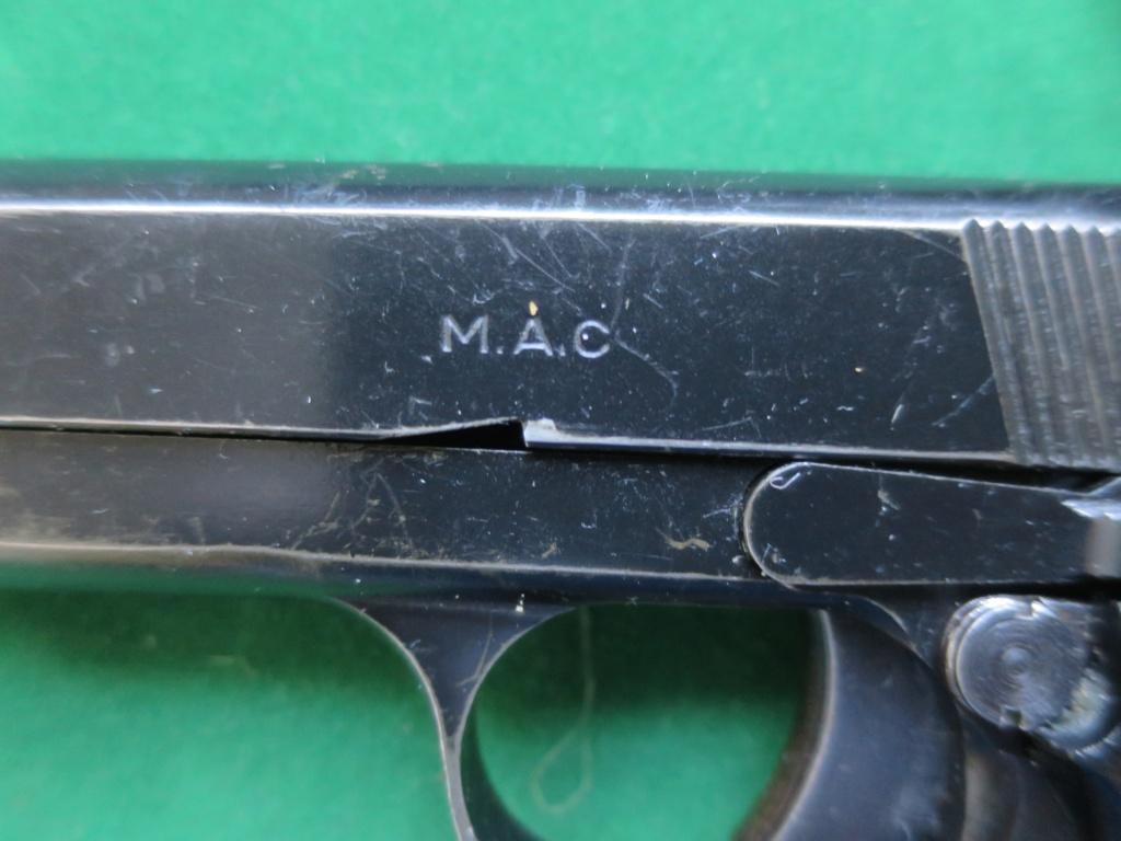 """Pistolet réglementaire MAS Modèle 1935 """"S"""" - Page 2 Img_2422"""