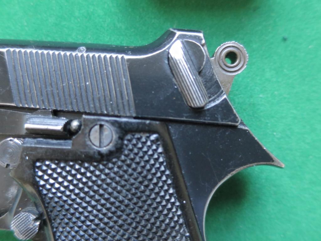 """Pistolet réglementaire MAS Modèle 1935 """"S"""" - Page 2 Img_2423"""