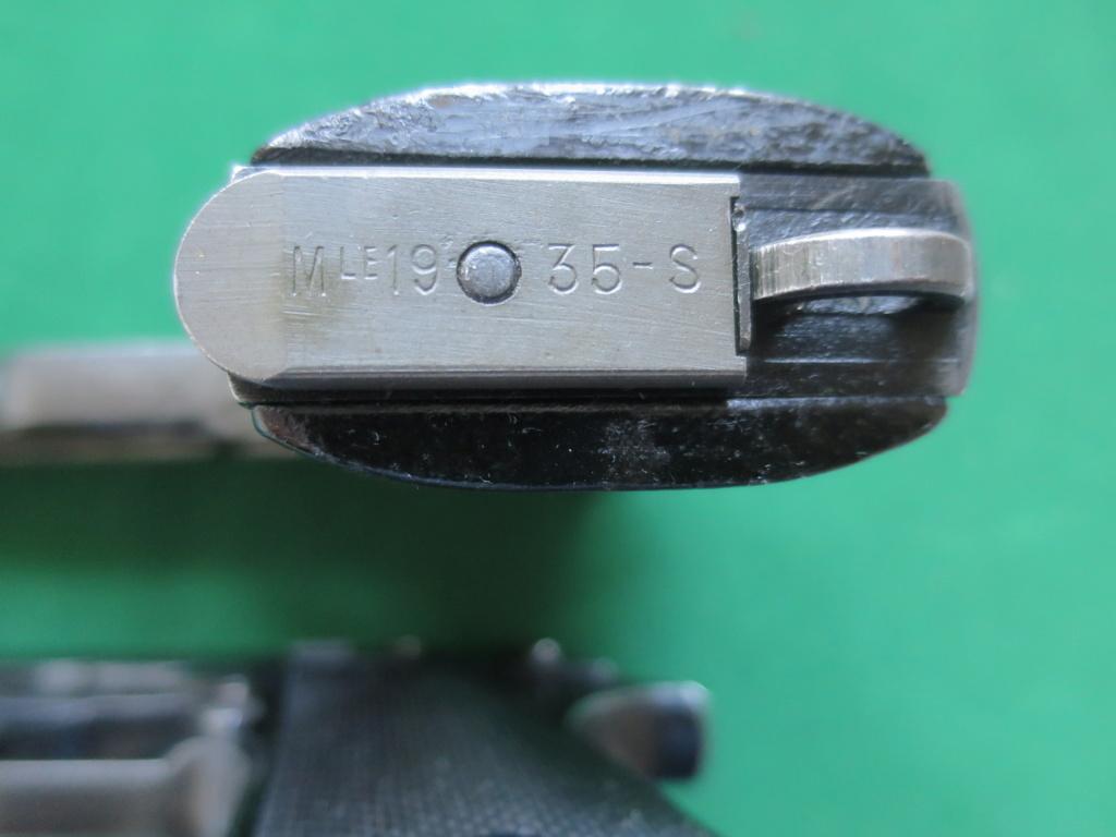 """Pistolet réglementaire MAS Modèle 1935 """"S"""" - Page 2 Img_2428"""