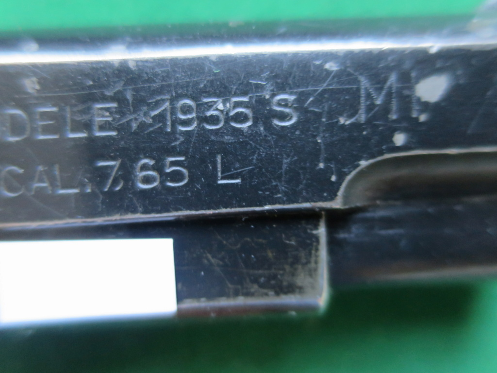 """Pistolet réglementaire MAS Modèle 1935 """"S"""" - Page 2 Img_2430"""