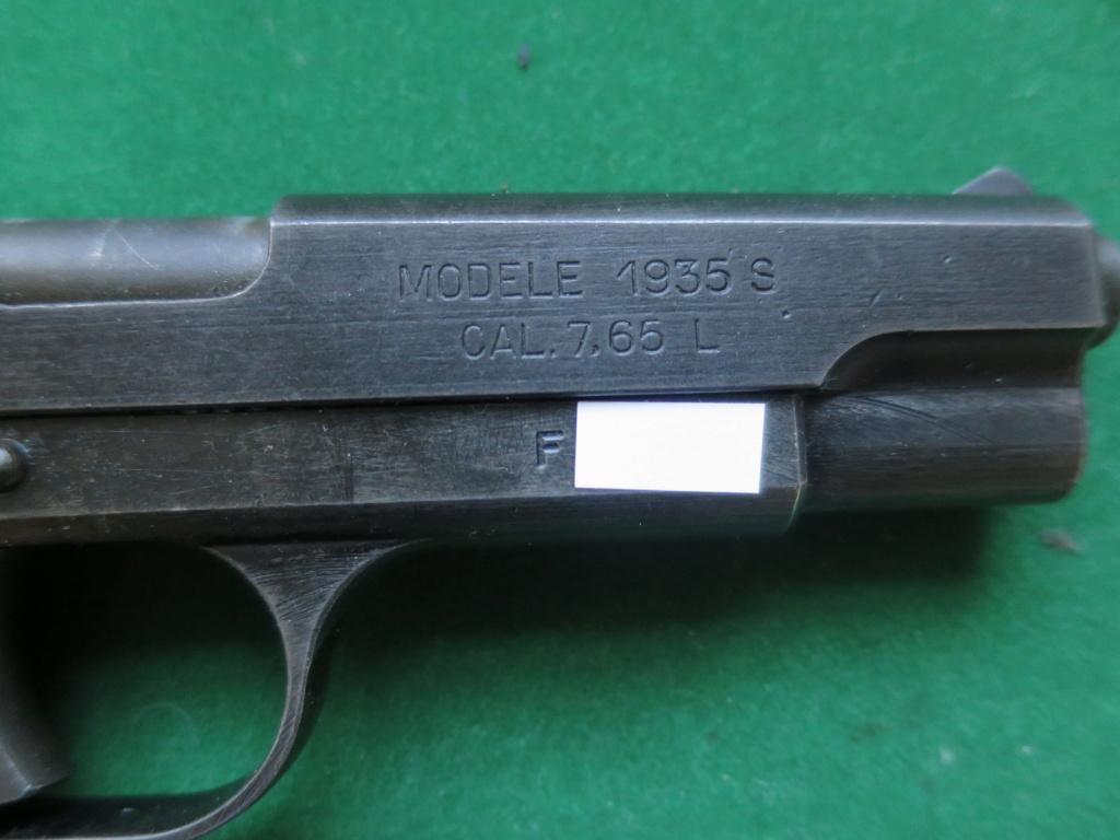 """Pistolet réglementaire MAS Modèle 1935 """"S"""" - Page 2 Img_2431"""