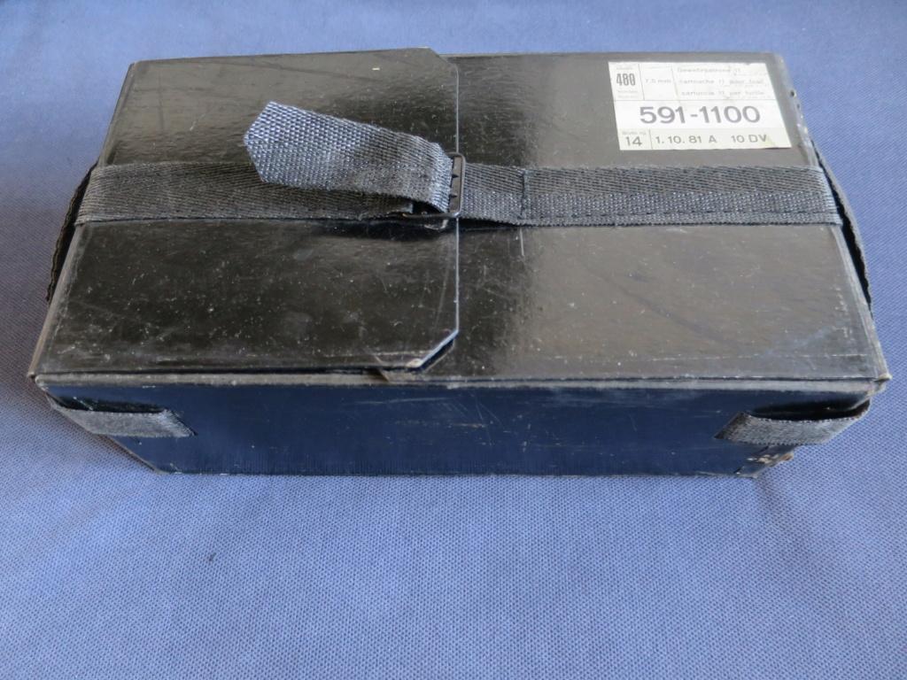 Boite de munitions pour GP11 Img_2523