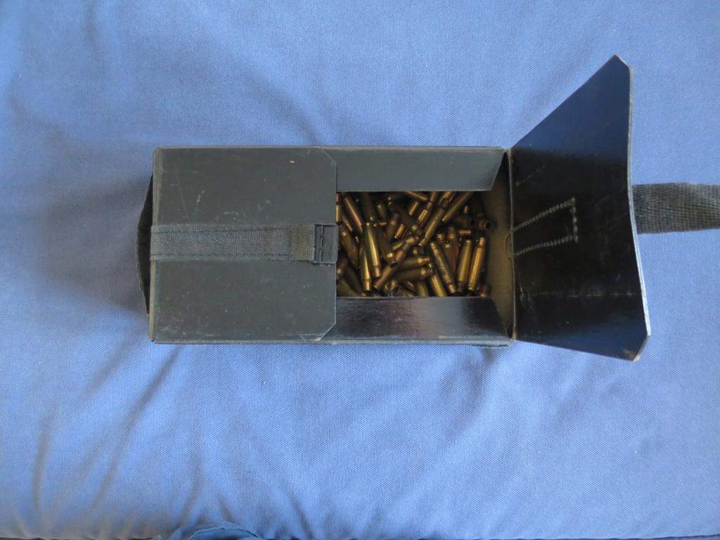 Boite de munitions pour GP11 Img_2526