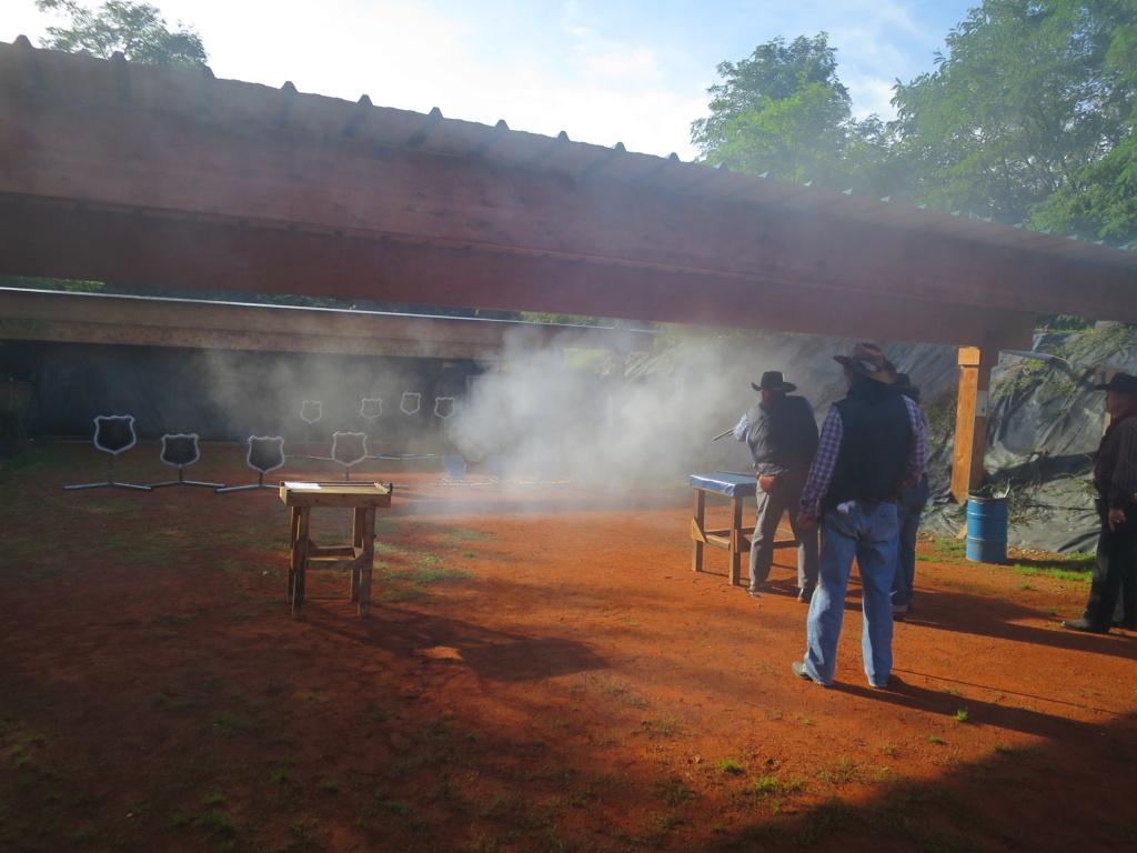 Daytime of Smoke 2021 à Black Rivers Img_4529