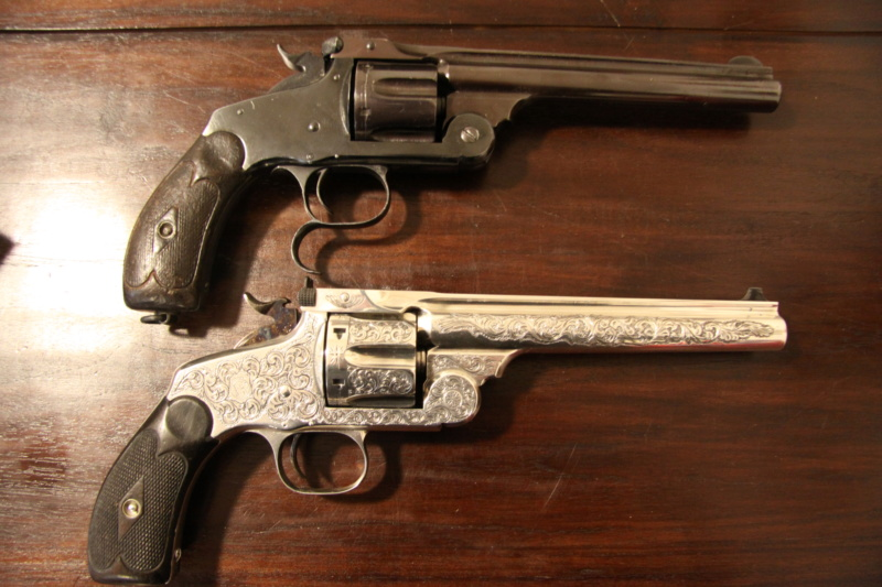 Le calibre .44 Russian , poudre noire bien sûr . Quoi d'autre ... Img_5611