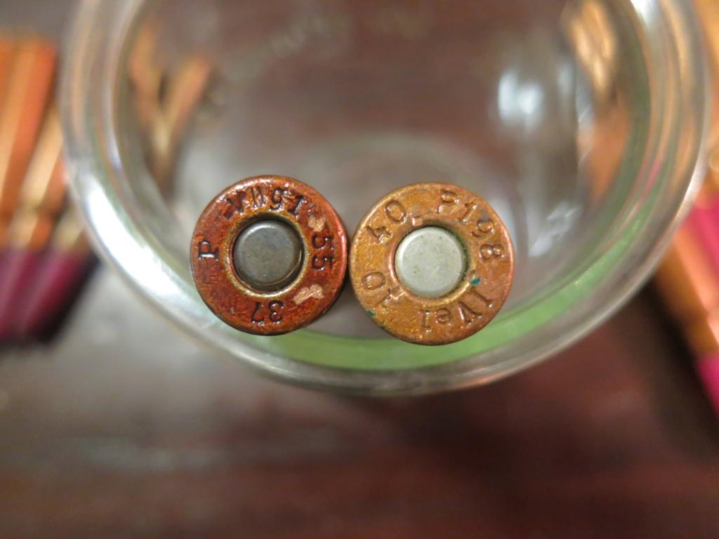 Cartouches d'exercice de Mauser type Platzpatronen 33, balle en bois couleur violette  Img_5717