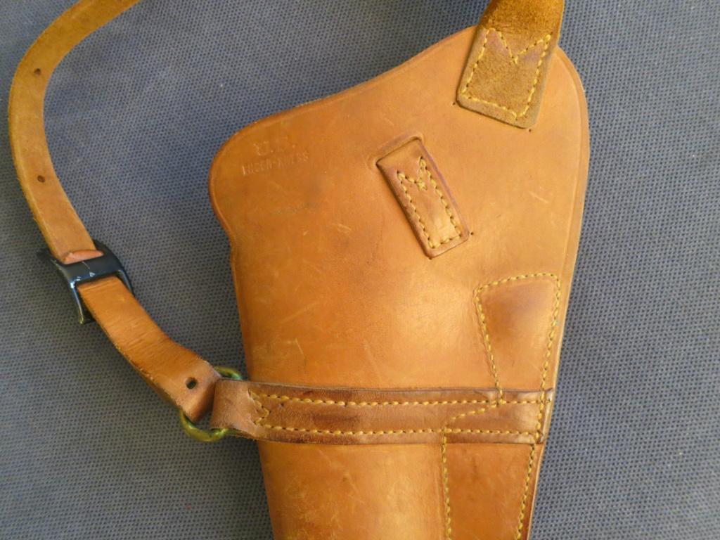 holster de colt 45 USM3 a authentifier Img_6341