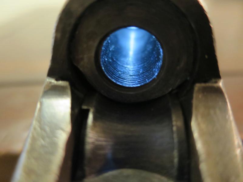 extracteur cassé sur une carabine Remington Rolling-Block Img_9321