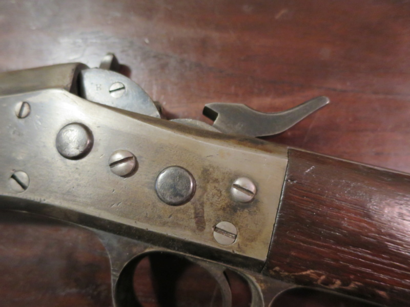 extracteur cassé sur une carabine Remington Rolling-Block Img_9323
