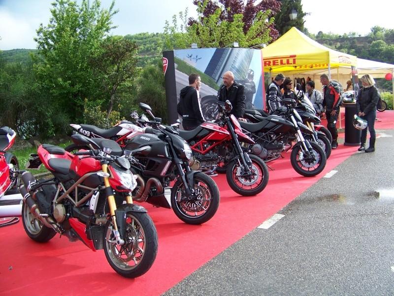 Rassemblement Bauduen 2011 100_1837