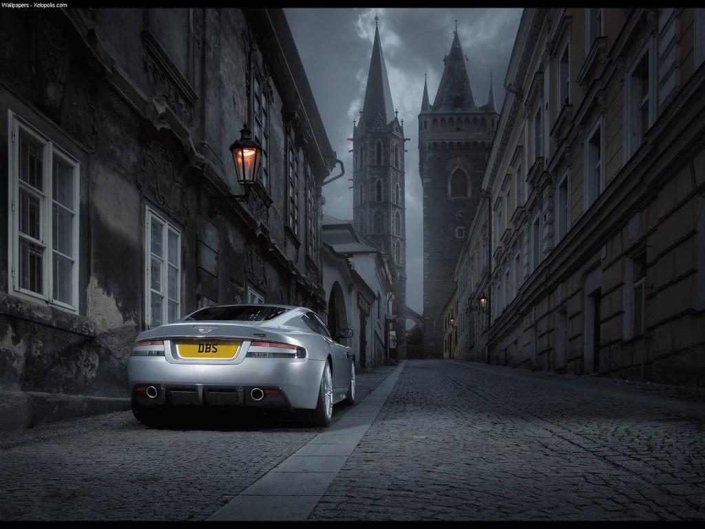 Ahhh Aston Martin...Le post officiel des Astons Aston_12