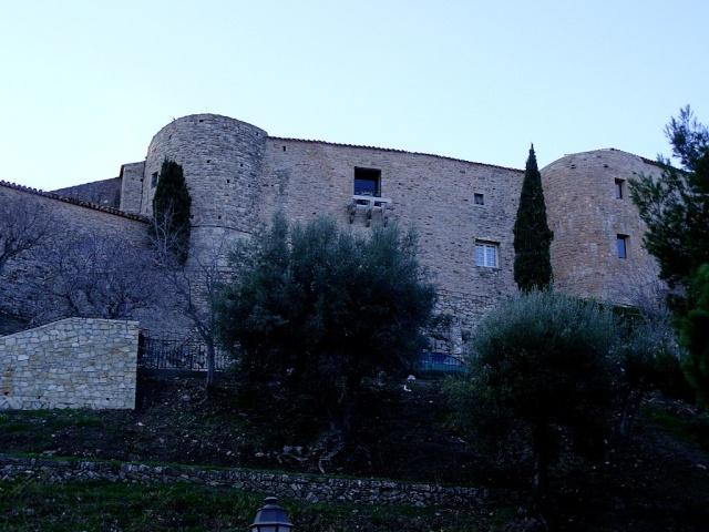 Le Castelet Snb12103