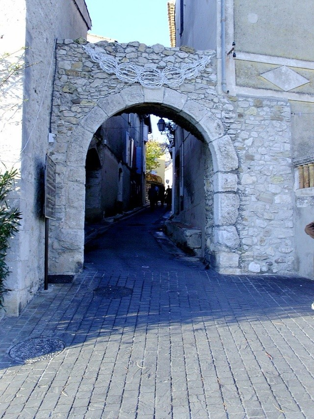 Le Castelet Snb12107