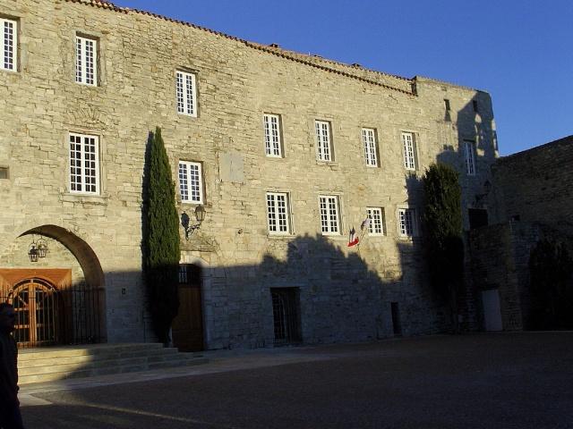 Le Castelet Snb12726