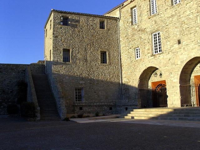 Le Castelet Snb12727