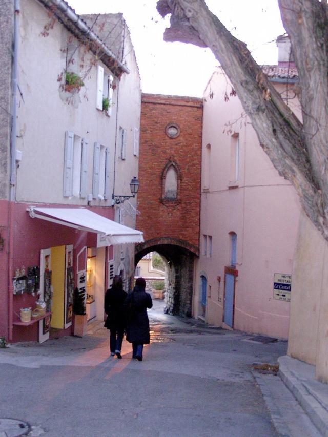 Le Castelet Snb12760