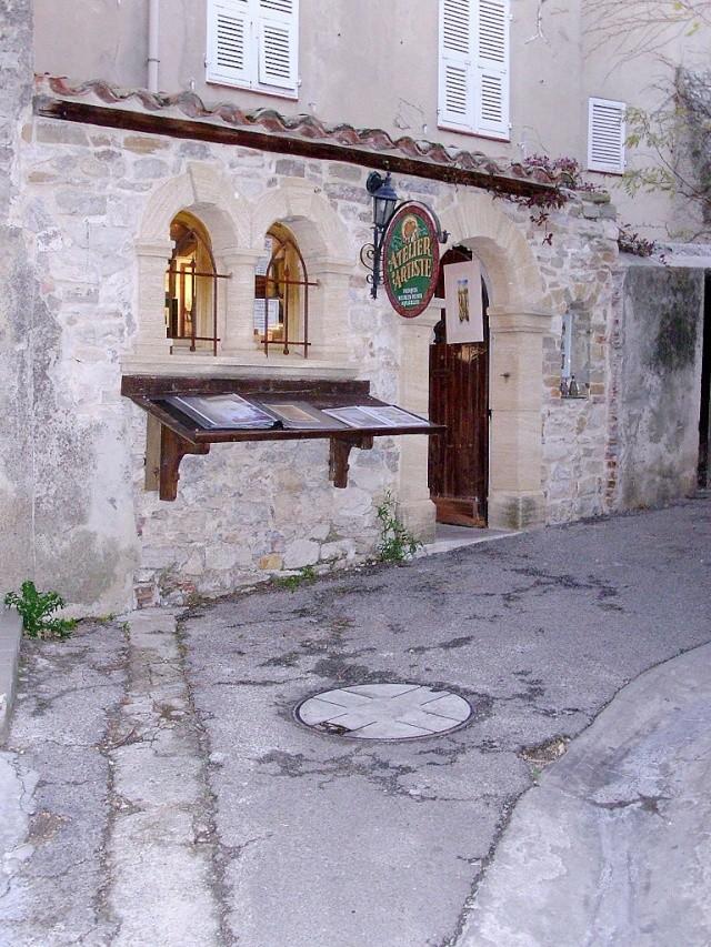 Le Castelet Snb12761