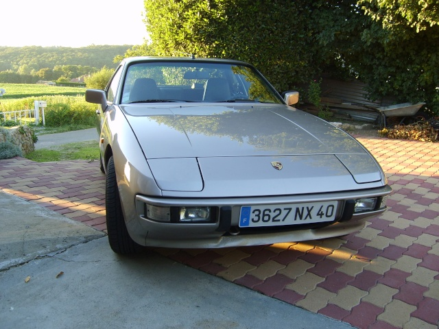Porsche 944 turbo (et ex 924) S6000510