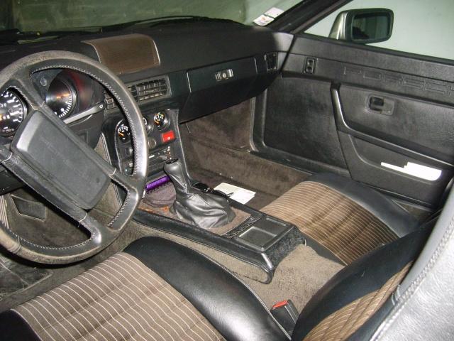 Porsche 944 turbo (et ex 924) S6000815