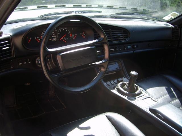 Porsche 944 turbo (et ex 924) S6000912