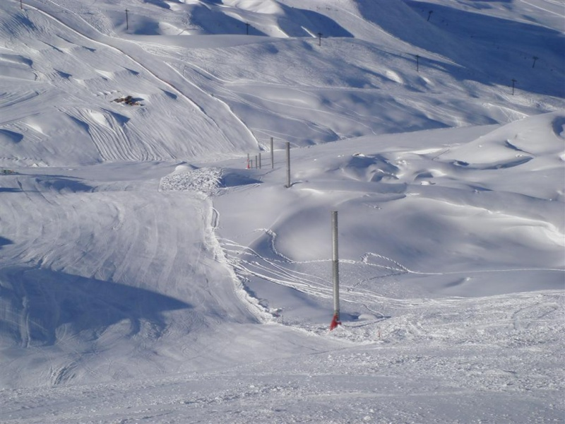 Val d'Isère nouveautés 2007/2008 - Page 4 Dsc05135