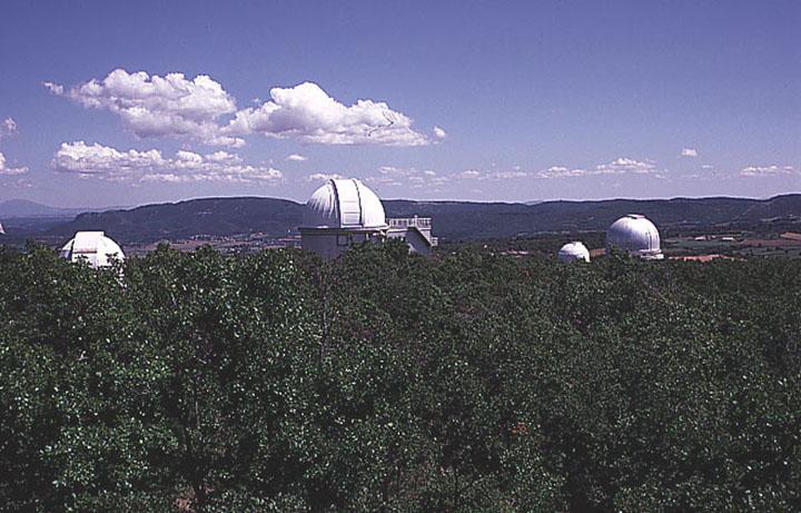 Observatoires astronomiques vus avec Google Earth - Page 14 Ohp210