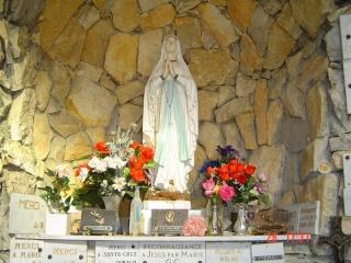 Nîmes en 2007-08-09-10-14-16-17 Vierge10