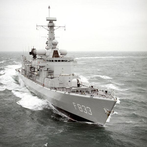 M-klasse fregatten (Karel Doorman M-class frigates) - Page 2 01a5b210