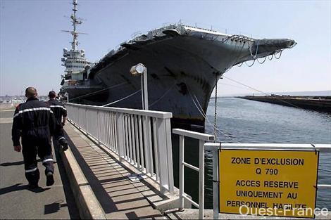 Gand, chantier de démolition naval international ? Brxx_110