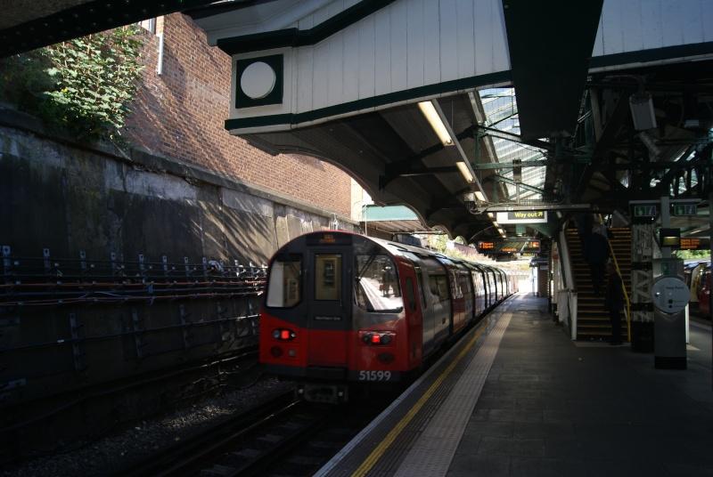 LONDON  Dsc03225