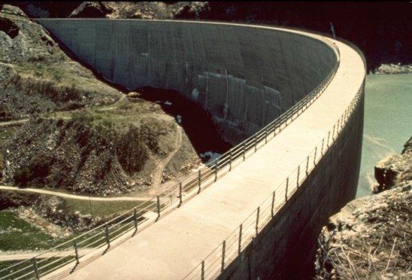 Les barrages dans Google Earth - Page 5 Toules12