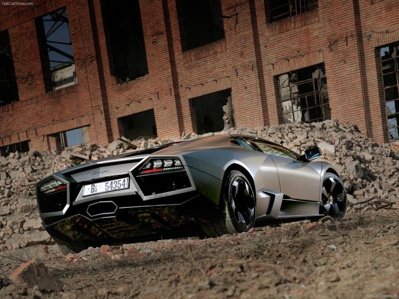 Quelle est pour toi la plus belle voiture qui existe,ou qui existait au monde? Lambor11