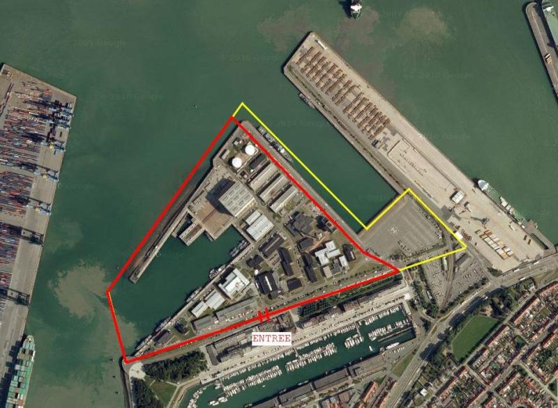 Quel avenir pour la base de Zeebrugge ? - Page 6 Zeebru10