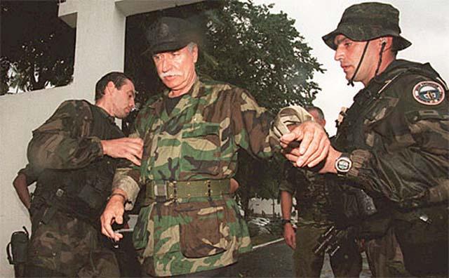 DENARD Bob olonel Comores 1995 dernier baroud 5_bob_10