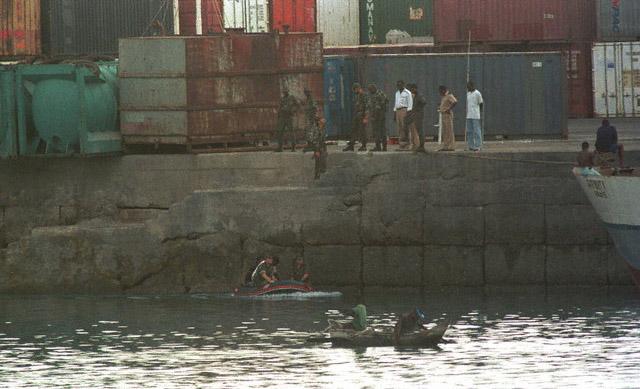 DENARD Bob olonel Comores 1995 dernier baroud 5_como10