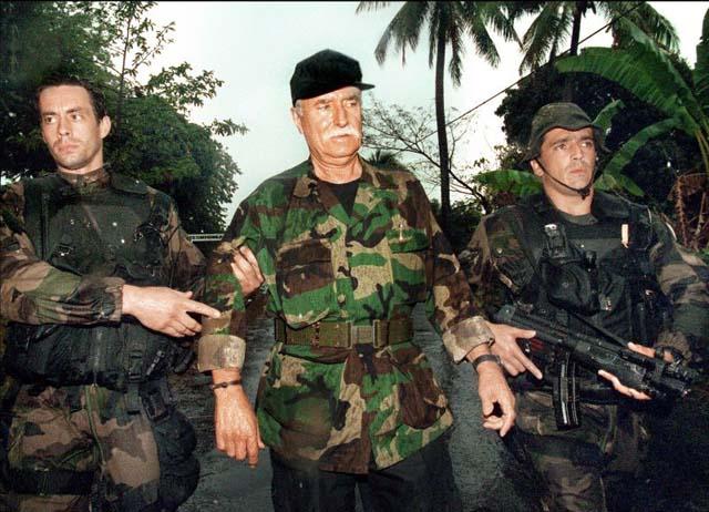 DENARD Bob olonel Comores 1995 dernier baroud 6_bob_10