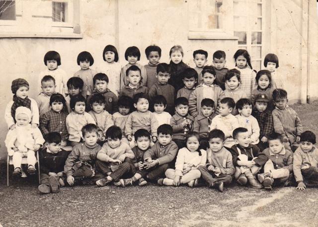 Les derniers rescapes de l'Indochine 50 années d'oublis 6_enfa12