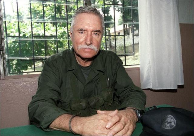 DENARD Bob olonel Comores 1995 dernier baroud Bilde110