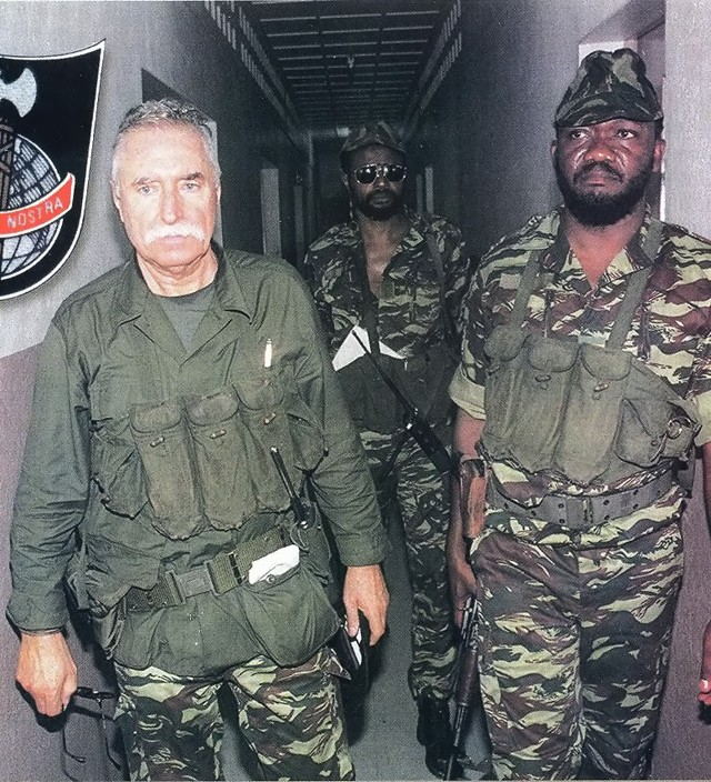 DENARD Bob olonel Comores 1995 dernier baroud Comore10