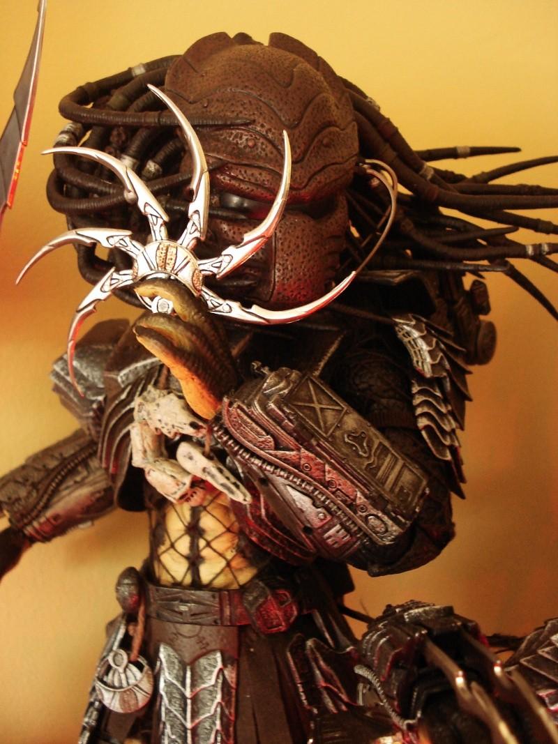 collec redfield MAJ 20/04/11 ->  Predator Family Dsc08329