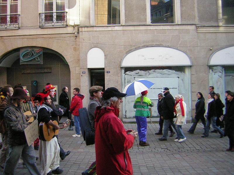Photos armée des 12 clowns enfin ! Dscn2926