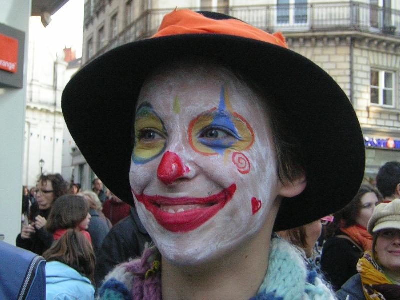 Photos armée des 12 clowns enfin ! Fanny10