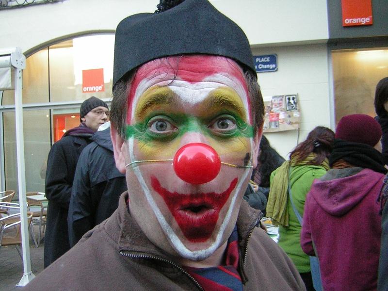 Photos armée des 12 clowns enfin ! Hypnot10