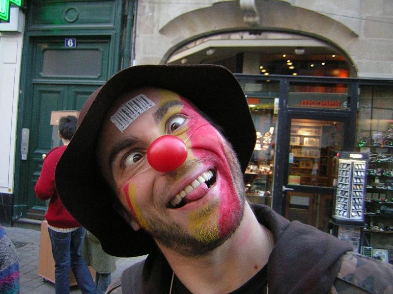 Photos armée des 12 clowns enfin ! Mamat10