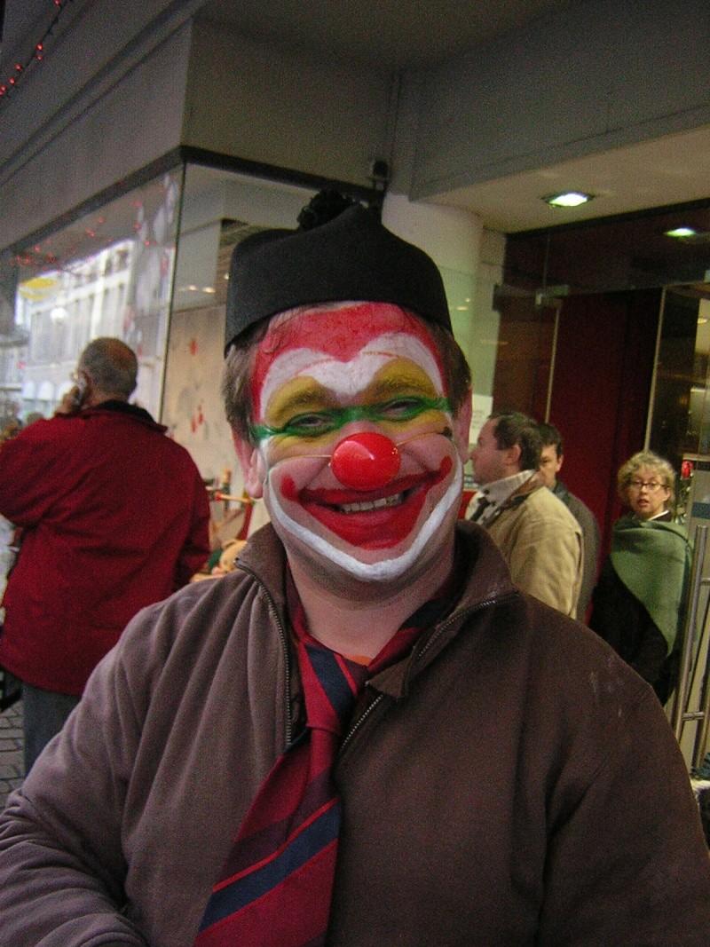 Photos armée des 12 clowns enfin ! Notre_10