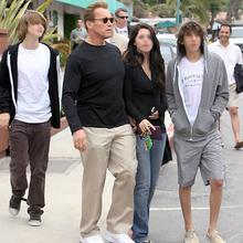 Arnold  Schwarzenegger Arnold13