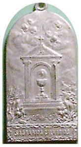 medalla obra de las tres marias y discipulos de S. Juan -s. XX 4r10