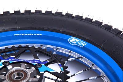 Nouveaux stickers de roue S3 De-90010