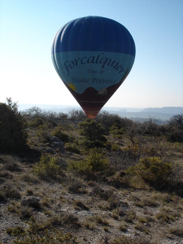 >> Pays de Forcalquier vu du ciel << - Page 4 Dsc01510